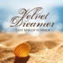 Velvet Dreamer - Footprints In The Sand