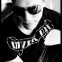 Tiesto  -  Love comes Alarma (Eric Mendosa Monster Bootleg)